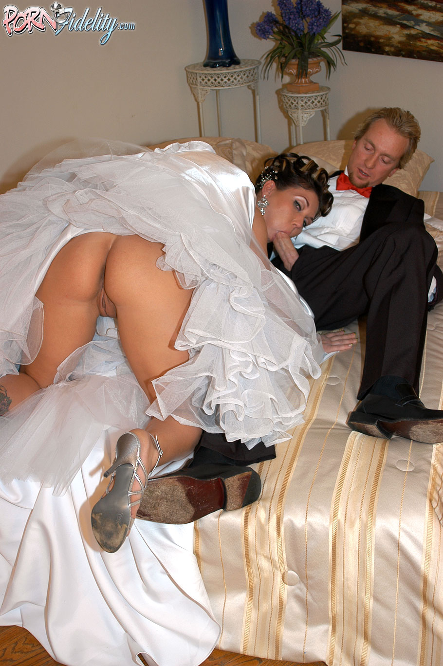 Wedding Dress Porn Videos & Sex Movies Redtubecom
