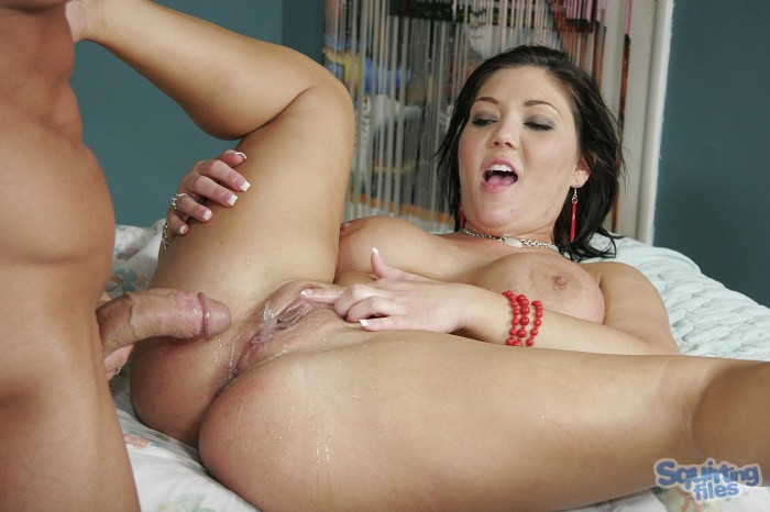 Claire Dames Squirting